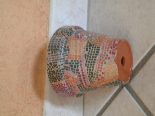 le cache pot mosaique...
