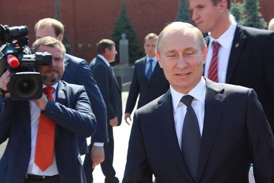 """""""La Russie n'envisage pas d'opération terrestre en Syrie"""""""