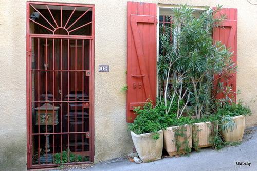Durban-Corbières : portes et fenêtres ... n 3