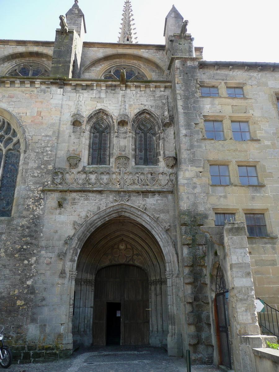 Me revoilà, avec la cathédrale St Maurice de Mirepoix