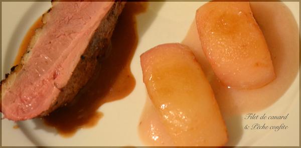 Filet de canard rôti, Jus au bourgeon de cassis de Bourgogne, Pêches confites