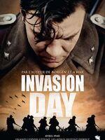Invasion Day : Nord de l'Europe, 1940. Les postes avancés scrutent l'horizon à la recherche d'activité ennemie. De l'autre côté de la frontière, l'armée la plus puissante du monde entame ses manoeuvres. Au petit matin, l'alarme est sonnée. Postés à quelques kilomètres de la frontière, le Lieutenant Sand et ses hommes font partie des premiers à être envoyés sur le front. ... ----- ...  Origine : Danois Réalisation : Roni Ezra Durée : 1h 30min Acteur(s) : Pilou Asbæk, Lars Mikkelsen, Gustav Dyekjaer Giese Genre : Guerre, Drame Date de sortie : 17 Octobre 2017 en VOD Critiques Spectateurs : 3,2