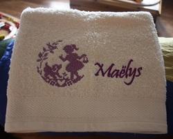Des cadeaux pour Maëlys.