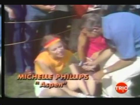 Michelle Phillips dans la corse d'obstacles.