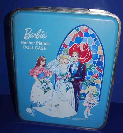 L a Barbie Tutti et sa valise