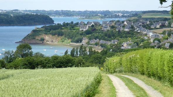(35) Sur le GR du Pays Maloin, balade autour de Saint-Suliac, un des Plus Beaux Villages de France.