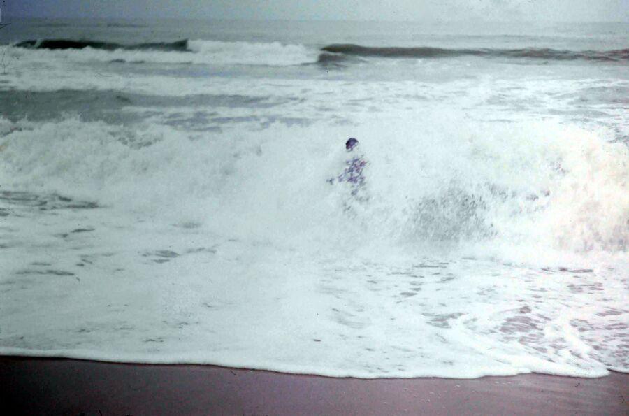 LE VILLAGE DE PURI EN INDE EN 1978