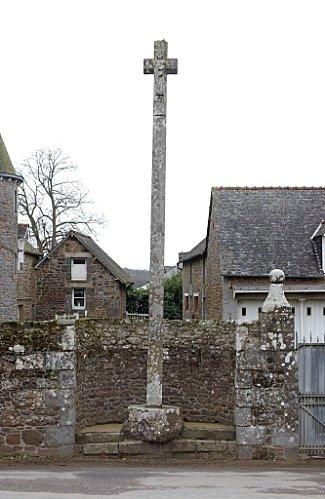 croix-place-de-l-eglise.jpg