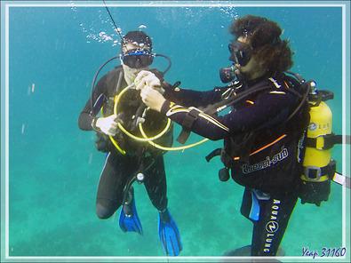 La plongée se termine, il faut faire un pallier de 3 minutes à 5 mètres - Spot Les 2 Sœurs - Tsarabanjina - Archipel Mitsio - Madagascar