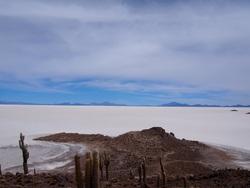 Vue depuis la Isla Pescador, le sel à l'air bien blanc de là haut!