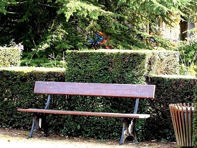 19 Sièges et chaises 12 Marc de Metz 26 04 2012