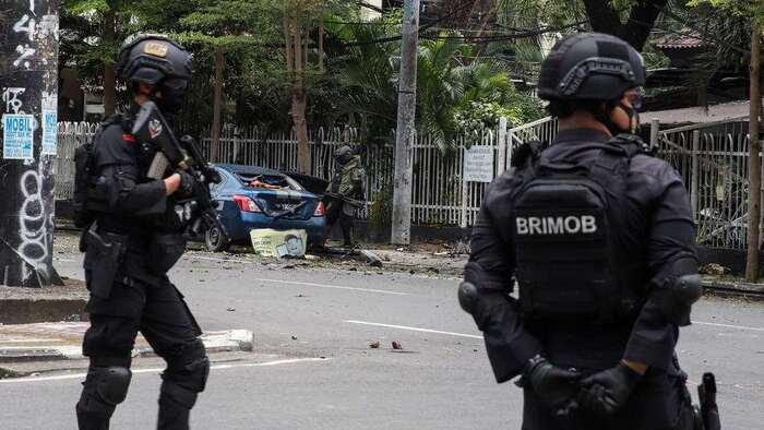 Indonésie: attentat suicide meurtrier près d'une cathédrale
