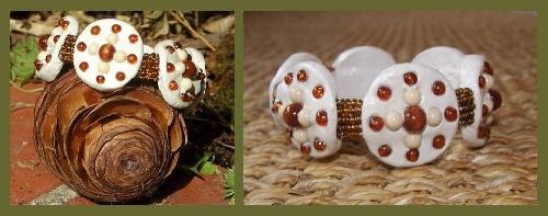 Bracelet en pâte avec perles de bois réalisé par Sylvie LE BRIGANT, créatrice de bijoux fantaisis.