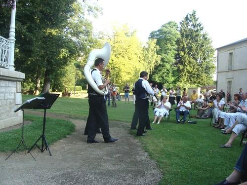 Le Bechet Forever Quartet au jardin de la Mairie...