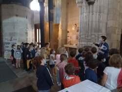 Visite de l'église Saint Ouen par les classes de CP