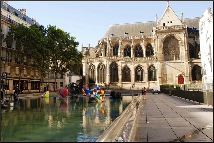 Place Igor Stravinsky, Paris 4ème.