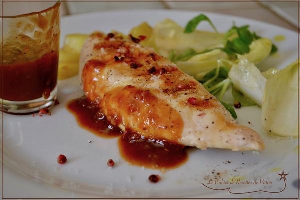 Blanc de poulet grillé & sauce sucrée-salée