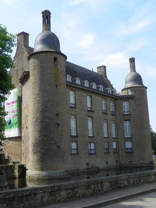 Le château de Flers ( 1 )