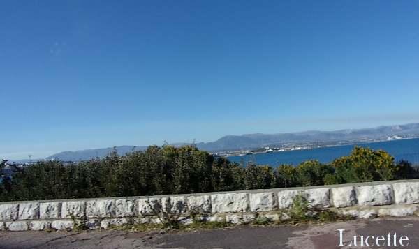Vues de la mer en voiture autour du Cap d'Antibes