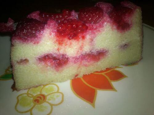 Gâteau de semoule framboise/coco...ou la demande de mon chéri ^^