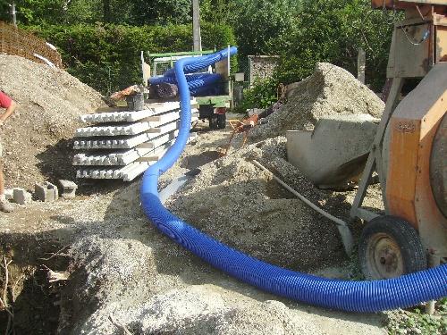 le mur de l escalier,le serpent bleu...(9 juin)