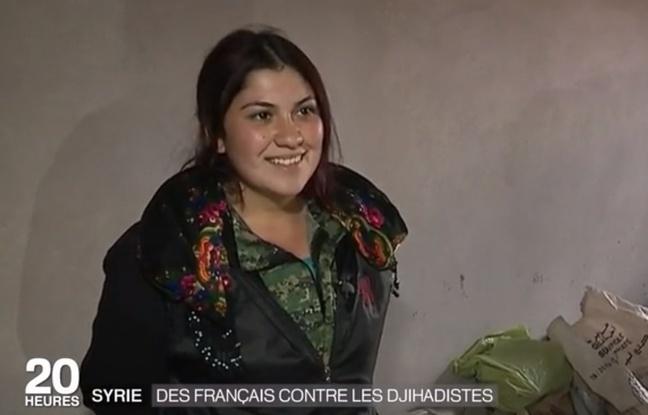 Ebru Firat, lors d'un reportage de France 2 sur les Français partis en Syrie combattre Daech