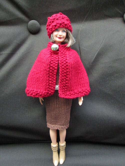 Capet et bonnet pour mamy barbie