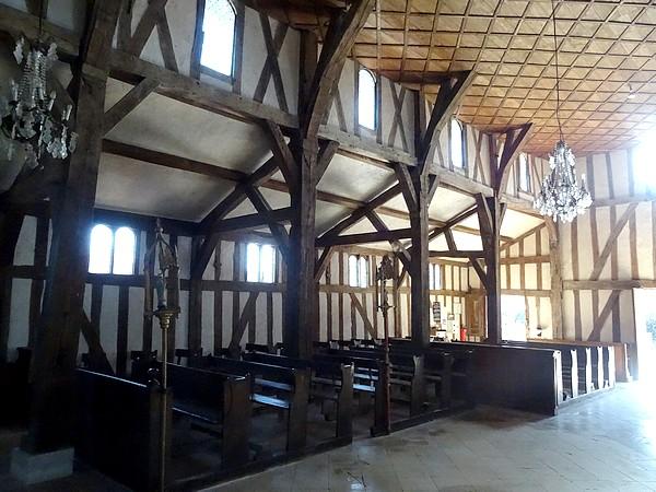 L'église à pans de bois de Lentilles (Aube)
