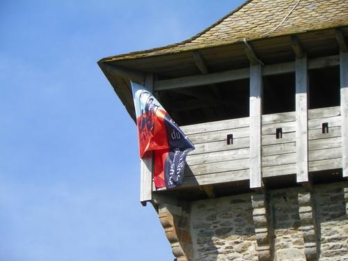 La tour de Peyrebrune