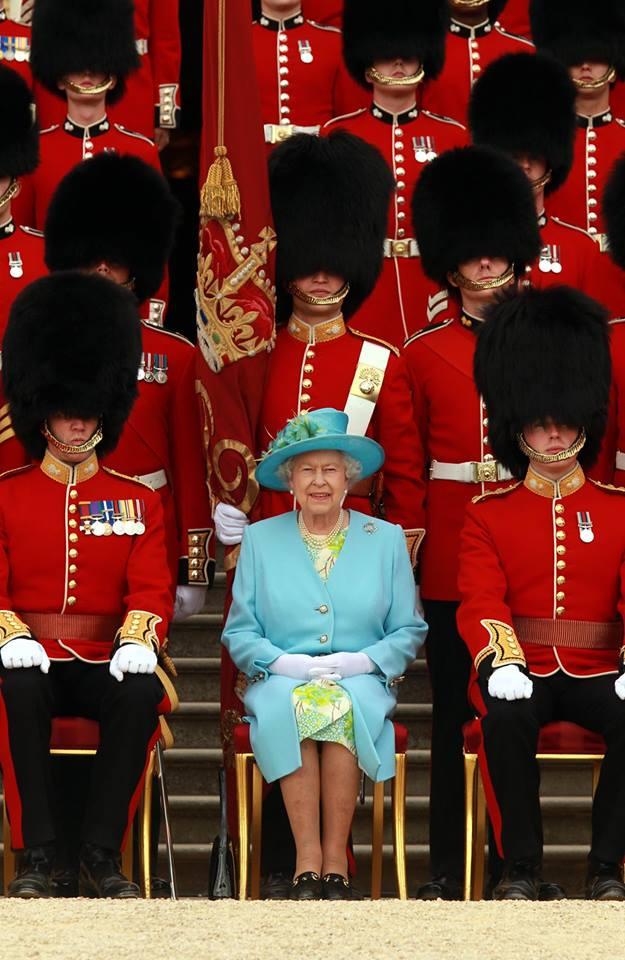Elizabeth et les grenadiers