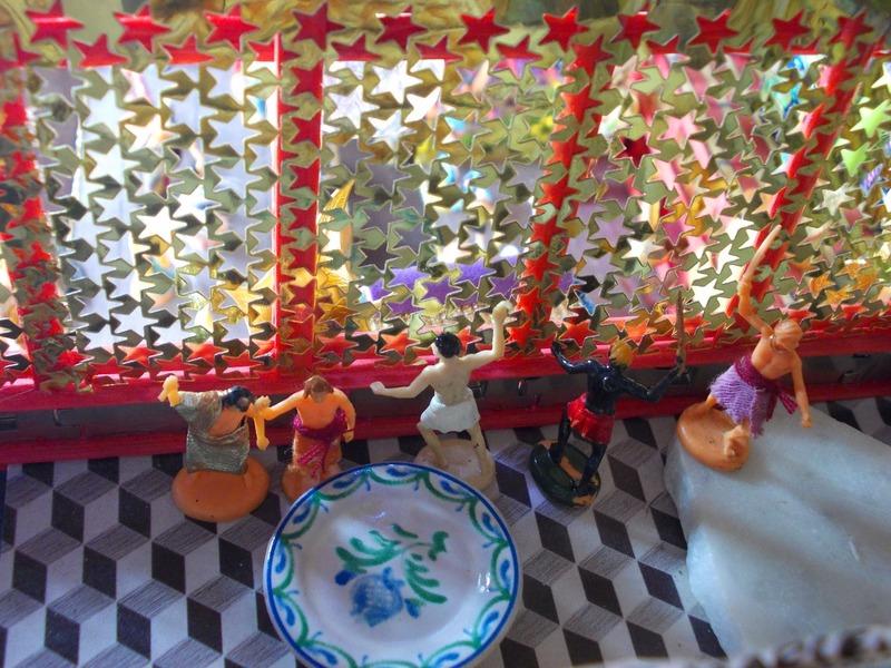 Le palais de Katapigone a fêté ses deux ans. Le roi d'Orchide donne le coup d'envoi des festivités