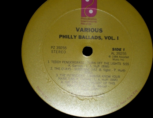"1984 : Various Artists : Album "" Philly Ballads Vol. 1 "" Philadelphia International Records PZ 39255 [ US ]"