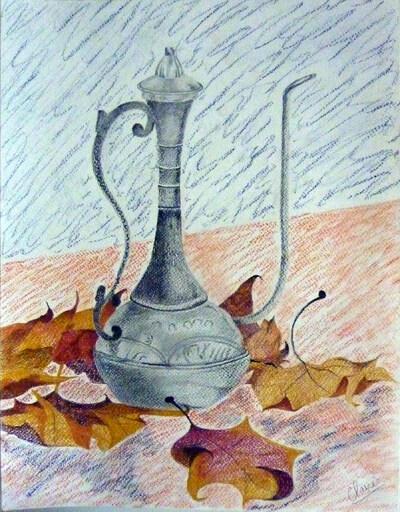 Cafetière turque et feuilles mortes