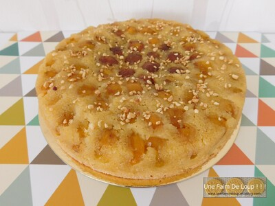 Gâteau renversé aux mirabelles, polenta et fleur d'oranger