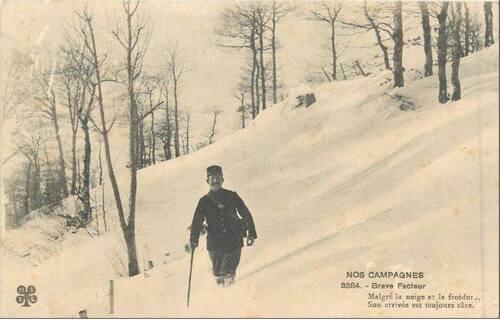 Le facteur d'autrefois bravant la neige...