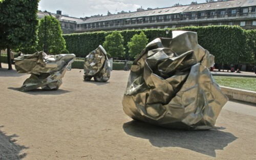 Wang Du journaux pliés Palais Royal 6