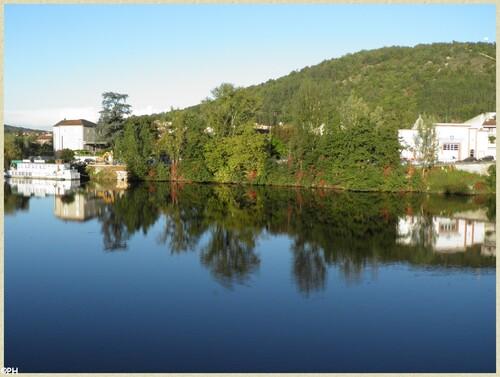 Reflets et couleurs d'automne au bord du Lot