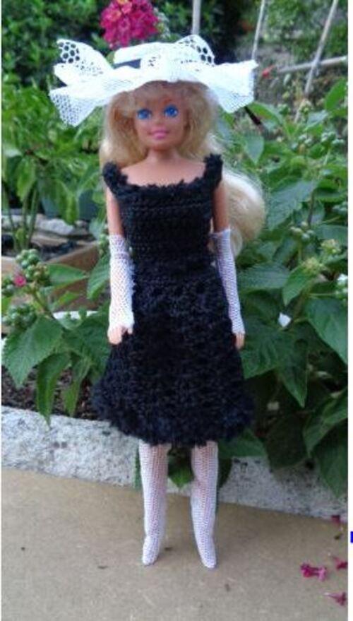 Défilé de vos créations/stylistes2015:La petite robe noire (7)