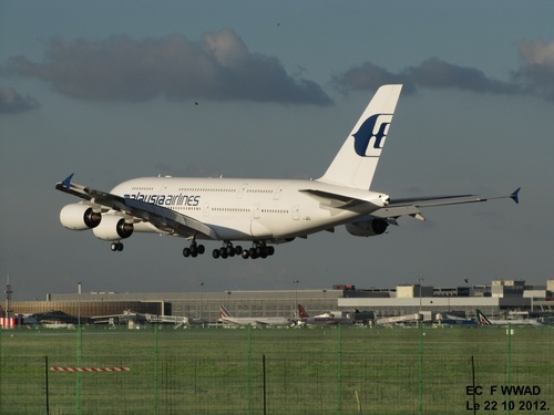 Airbus A 380 F WWAD le 22 10 2012 à Blagnac (31)