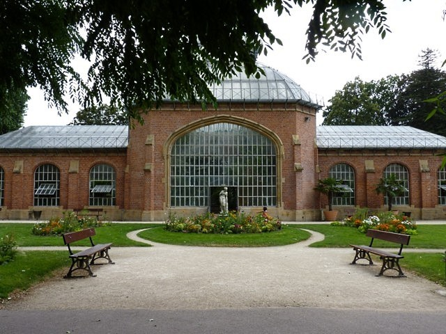 Sous et autour des serres du jardin botanique de metz for Jardin fabert metz