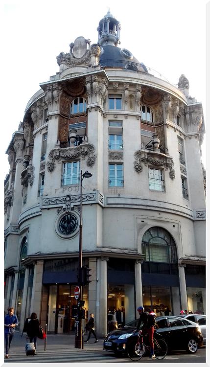 Immeuble Félix-Potin. Paris