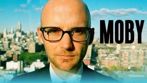 Moby envoie son nouvel opus sur la Toile