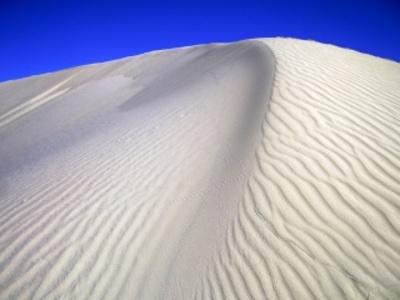 A 10km de Nefta en direction de l'Algérie les dunes de sable su Sahara