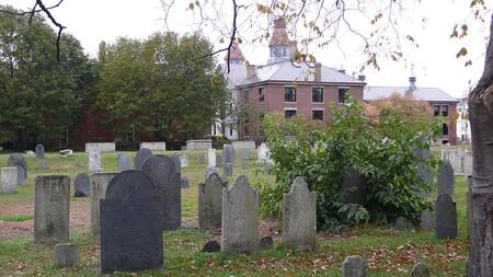 10 cimetières aux légendes particulièrement étranges…