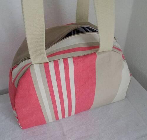 Coudre un sac à main style bowling