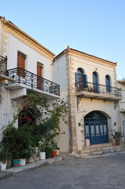 maisons de Panormos