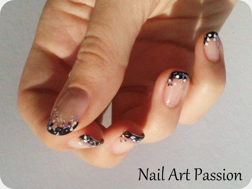 Nail art french noir et mixte pailletté