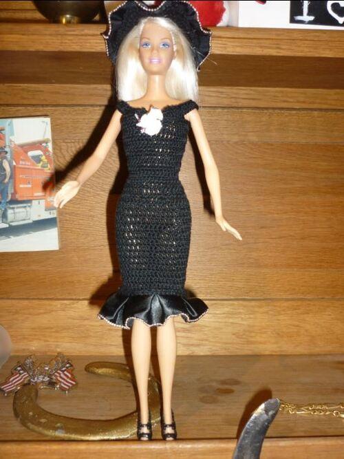 Défilé de vos créations /stylistes  2015: la petite robe noire (2)