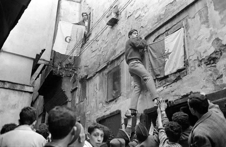 Le 5 juillet 1962, à Alger.
