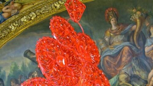 Vasconcelos Versailles Coeur indépendant rouge 0980